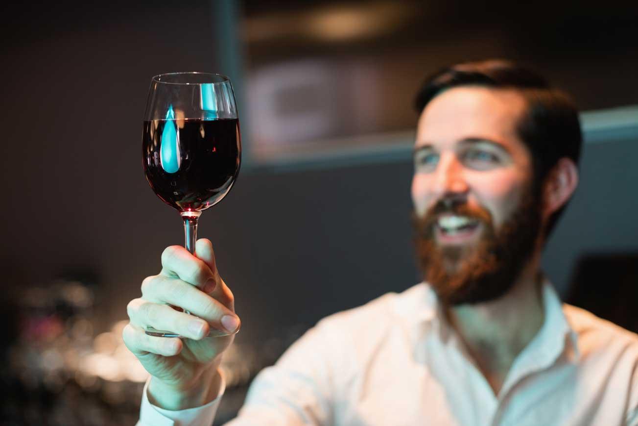 czerwone-wino-a-zęby